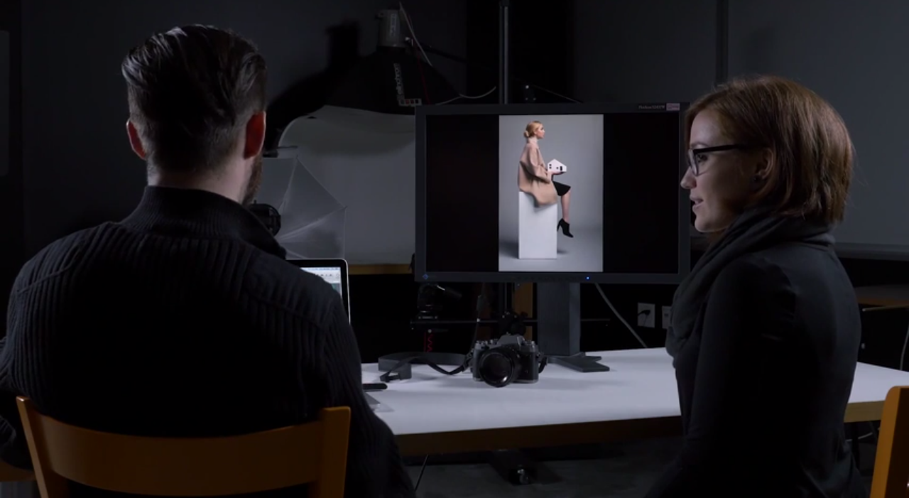 DPReview lets Olivia Lazer test the Fujifilm X-T1